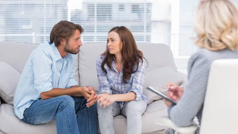Zakonska terapija pri rokovanju z denarjem, komunikaciji in upanju